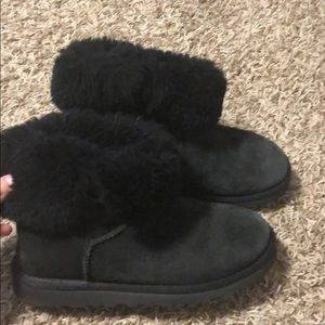 Black UGG shoes size women 6 in great condition